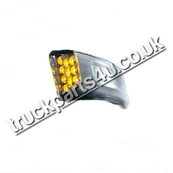 TP4U - VOLVO LED INDICATOR LIGHT RH FOR FH VERSION 4