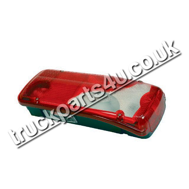 TP4U - MERCEDES REAR LIGHT RH