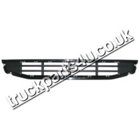 TP4U - VOLVO LOWER GRILL UPPER FOOTSTEP (PLASTIC)