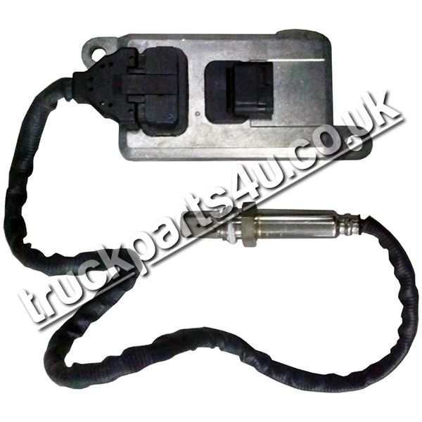 TP4U - MERCEDES EXHAUST NOX SENSOR FOR ACTROS