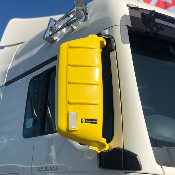 TP4U - MAN KUDA MIRRORSHIELD PROTECTOR YELLOW FOR TGX